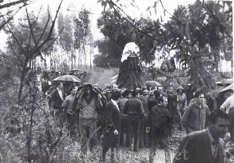 Traslado Virgen-del-Rocío antigua