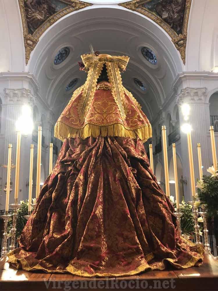 Virgen del Rocío de pastora parte de atrás