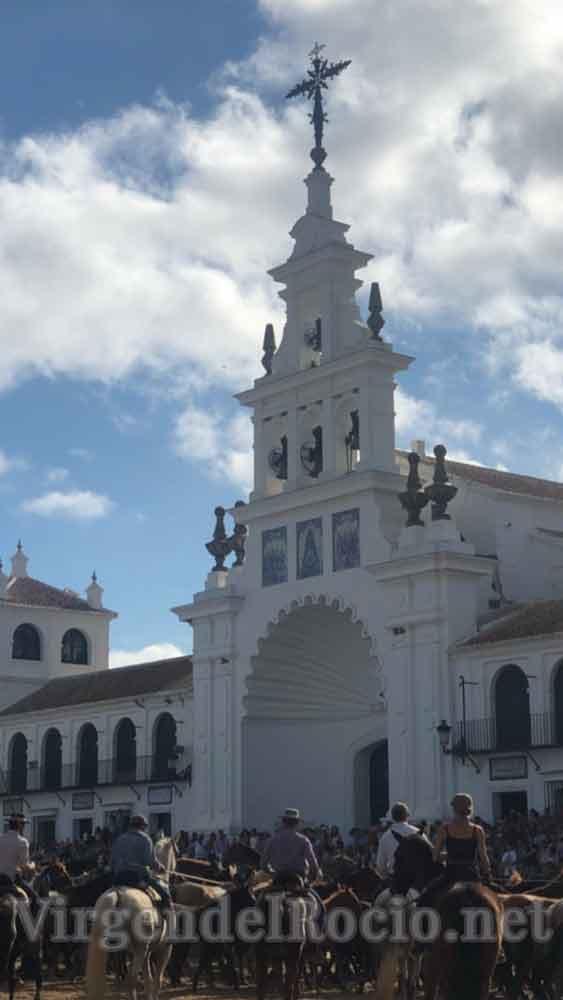 saca de yeguas ermita del Rocío