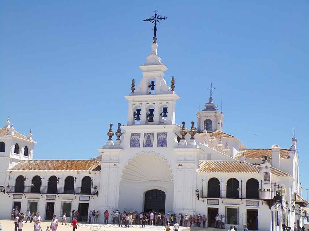 Fachada ermita Virgen del Rocío
