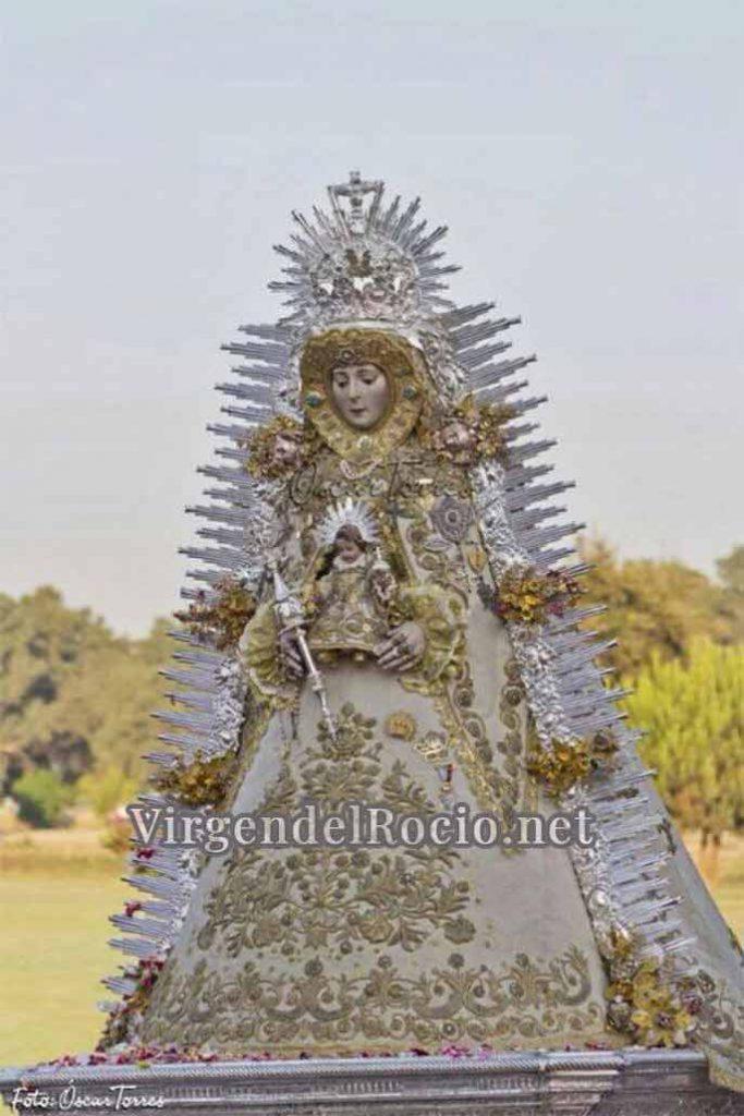 Virgen del Rocío con rafaga plateada