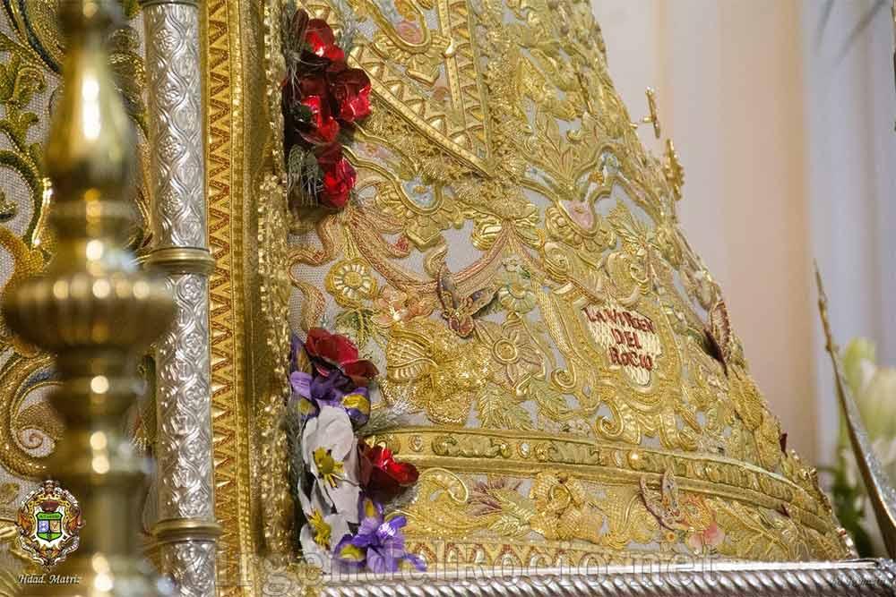 Manto Virgen del Rocío detalle