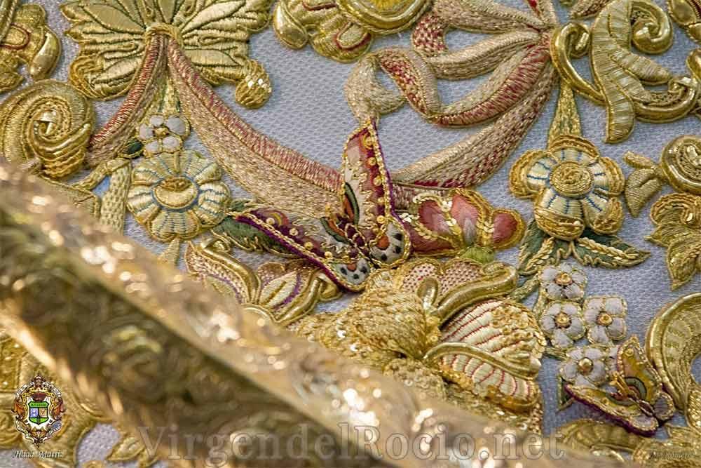 Manto Virgen del Rocío detalle mariposa