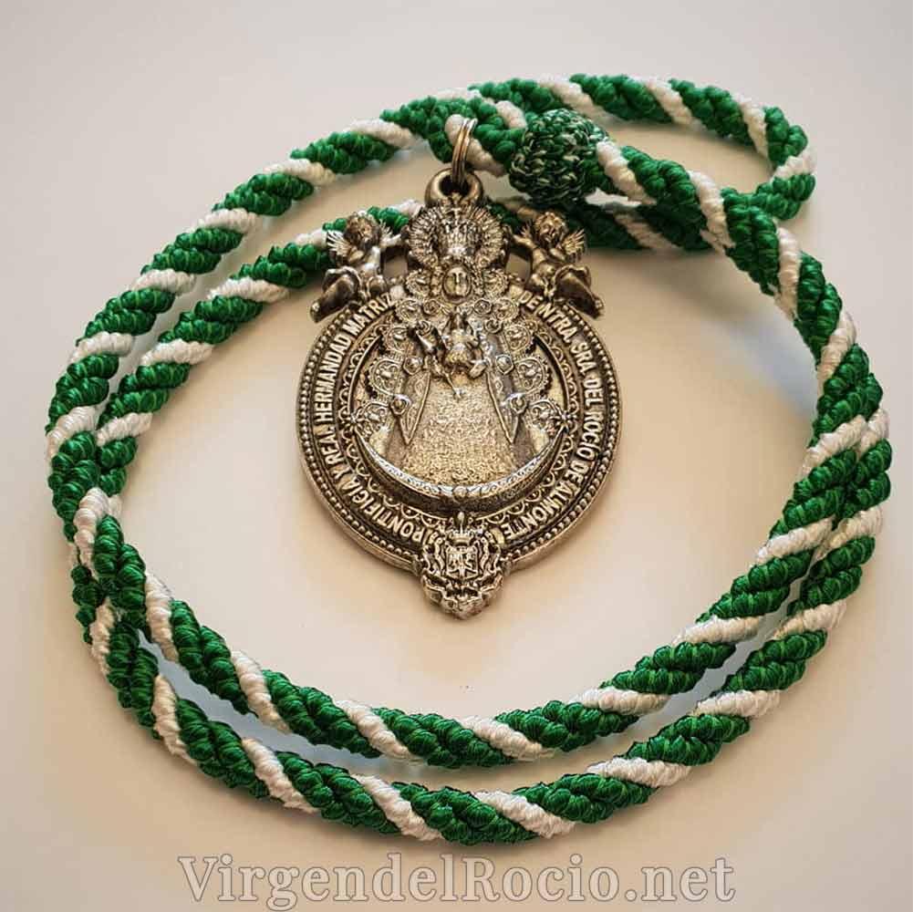 medalla-virgen-del-rocio-centenario-coronacion