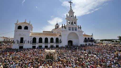 presentacion-hermandades-ermita-Virgen-del-Rocio