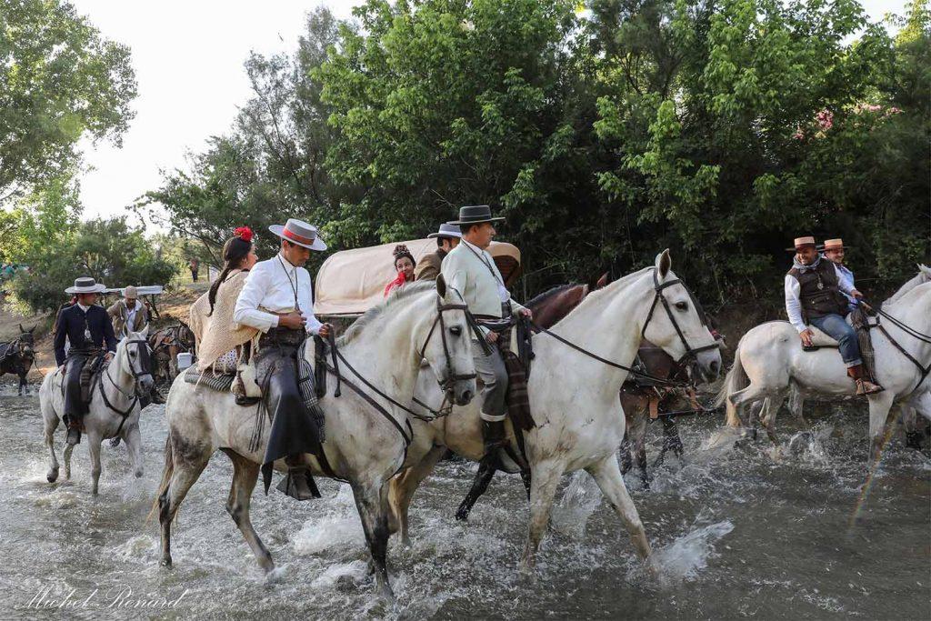 romeria-Virgen-del-rocio-vado-del-quema-paso-caballos