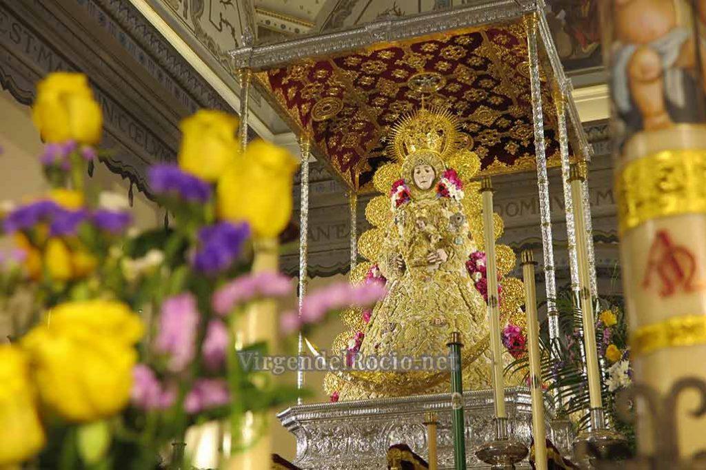 traje Pentecostés Virgen del-rocio